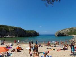 Playa Cuevas del Mar, Asturias