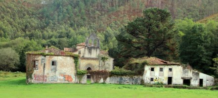 Monasterio de San Antolín de Bedon